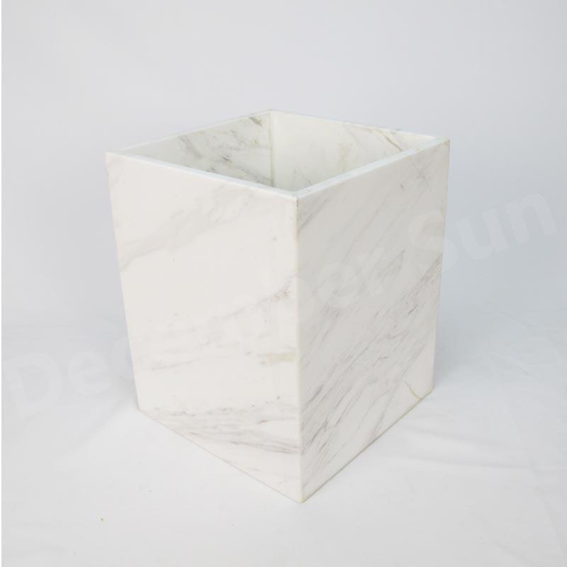 Set de accesorii pentru baie din marmură albă