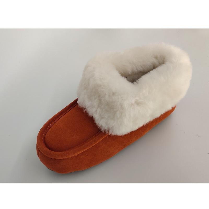 papuci de piele de oaie
