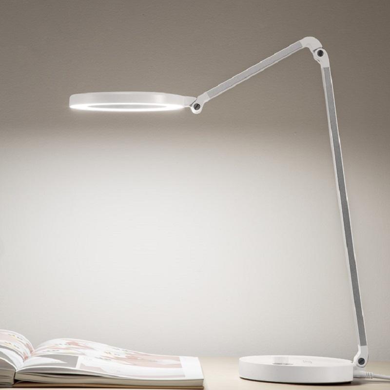 688L dimmable și CCT tunning led desk lamp cu usb
